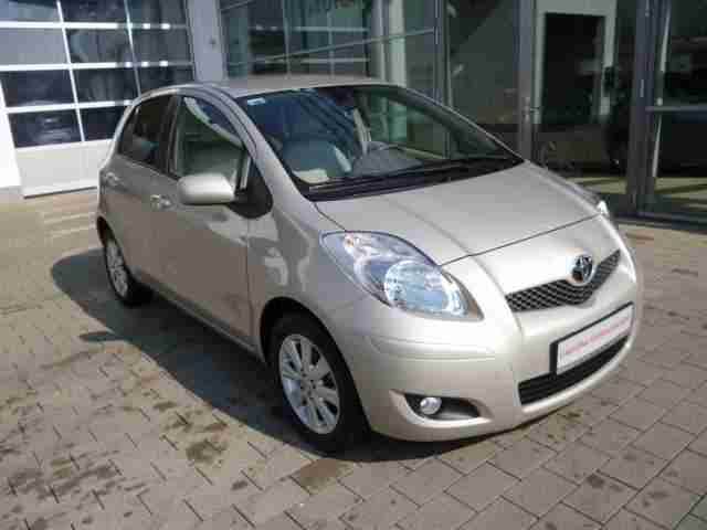Yaris 1.33 VVT i Executive mit Elegance Paket