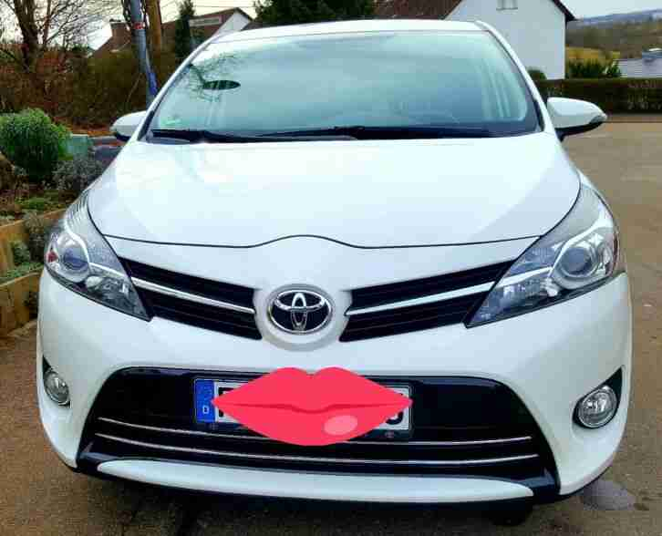 Toyota verso 5 Sitzer 132 PS