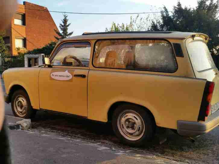 trabant 601 rohkarosse plus ersatzteilspender angebote. Black Bedroom Furniture Sets. Home Design Ideas