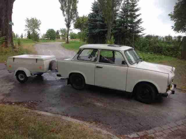 trabant 601 1hand mit anh nger hp300 h angebote gebrauchtwagen trabant. Black Bedroom Furniture Sets. Home Design Ideas