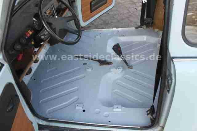 trabant alltagstauglicher klassiker mit t v ez angebote gebrauchtwagen trabant. Black Bedroom Furniture Sets. Home Design Ideas