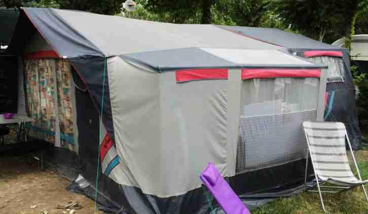 trigano raclet zeltanh nger faltcaravan wohnwagen. Black Bedroom Furniture Sets. Home Design Ideas