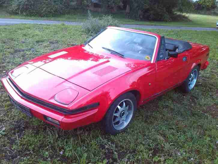 triumph tr7 spider 2 0l in ferrari rot cabrio. Black Bedroom Furniture Sets. Home Design Ideas