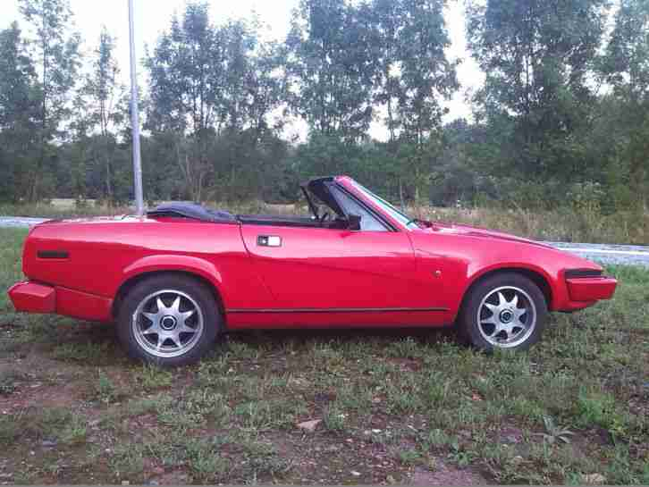 triumph tr7 spider 2 0l in ferrari rot cabrio topseller oldtimer car group. Black Bedroom Furniture Sets. Home Design Ideas
