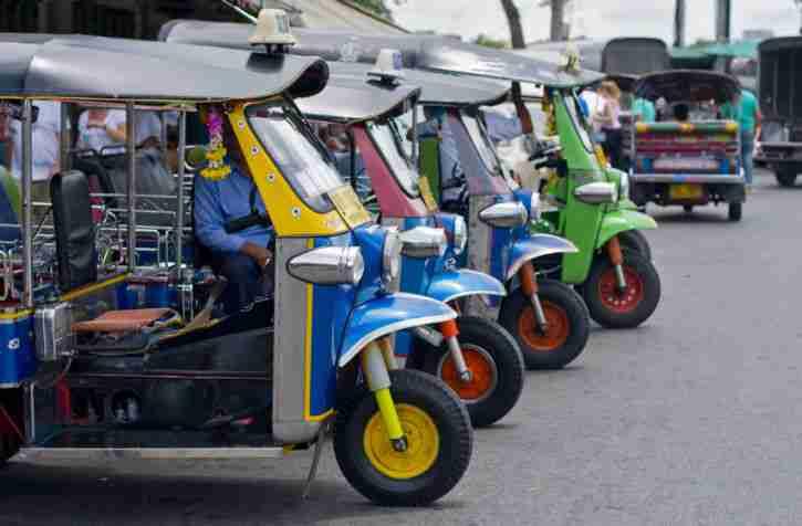 tuktuk mit stra enzulassung neu original tuk angebote dem auto von anderen marken. Black Bedroom Furniture Sets. Home Design Ideas