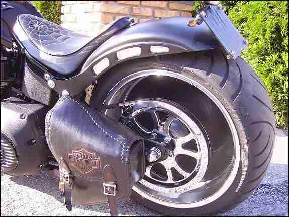 umbau harley davidson fat boy motorrad nutzfahrzeuge. Black Bedroom Furniture Sets. Home Design Ideas