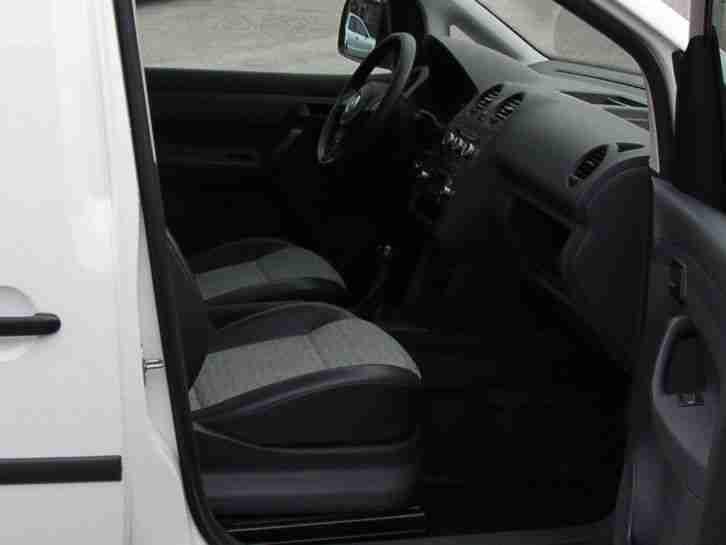 vw caddy 1 6 tdi 75kw klima 48906 km abgasnorm. Black Bedroom Furniture Sets. Home Design Ideas