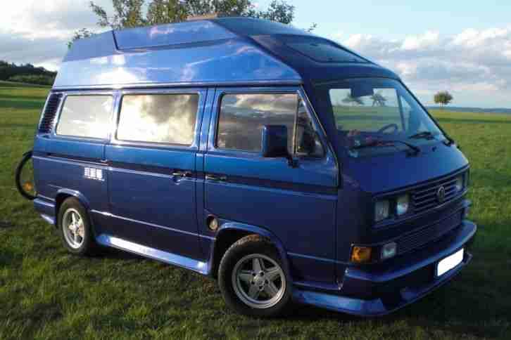 vw t3 campingbus mit hochdach und wohnwagen wohnmobile. Black Bedroom Furniture Sets. Home Design Ideas