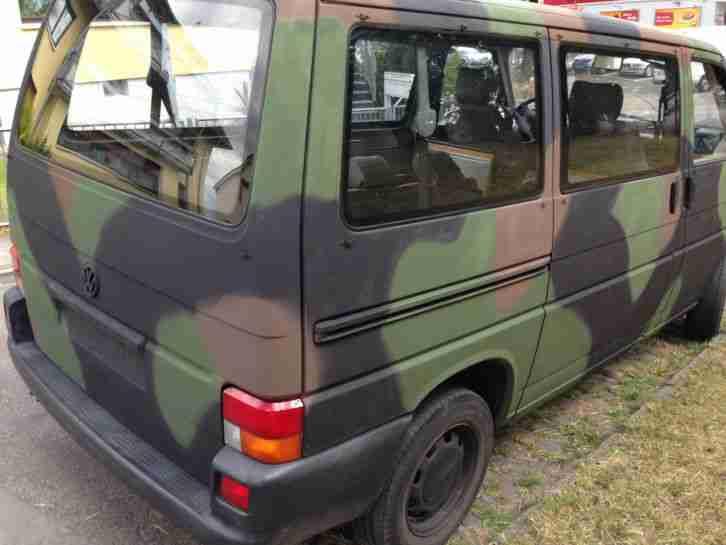 vw transporter t4 2 4 diesel bundeswehr 1 hand neue positionen volkswagen pkw. Black Bedroom Furniture Sets. Home Design Ideas