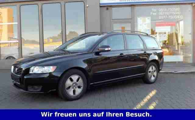 Volvo V50 1. 6D DPF DRIVeMomentumSTANDHEIZUNG, XENON PDC