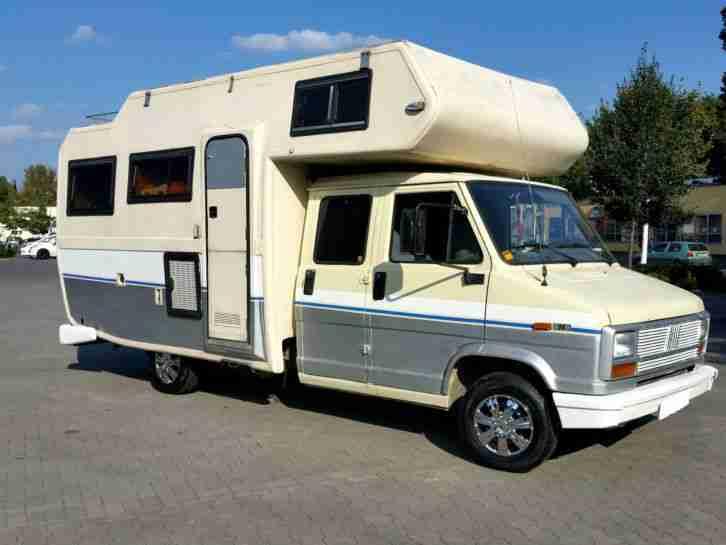wohnmobil fiat dukato mit 9 personen zulassung wohnwagen. Black Bedroom Furniture Sets. Home Design Ideas