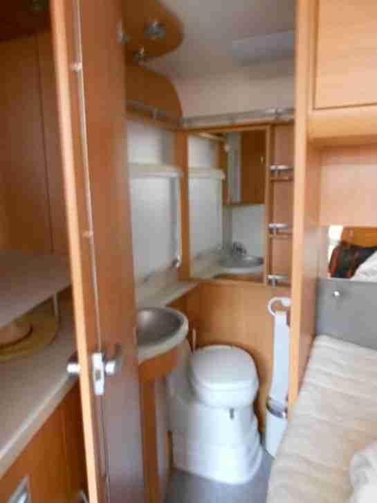 wohnmobil knaus sport ti 700 ufb 107kw wohnwagen. Black Bedroom Furniture Sets. Home Design Ideas
