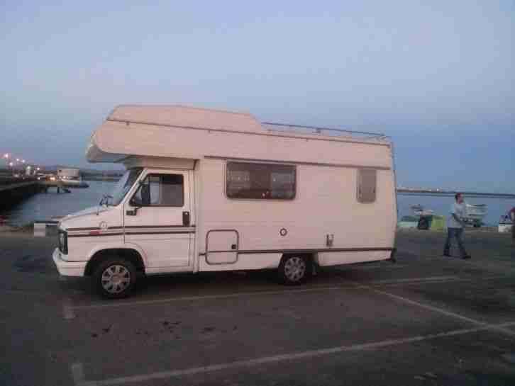 wohnmobil mieten camper surf bus vermieten wohnwagen wohnmobile. Black Bedroom Furniture Sets. Home Design Ideas