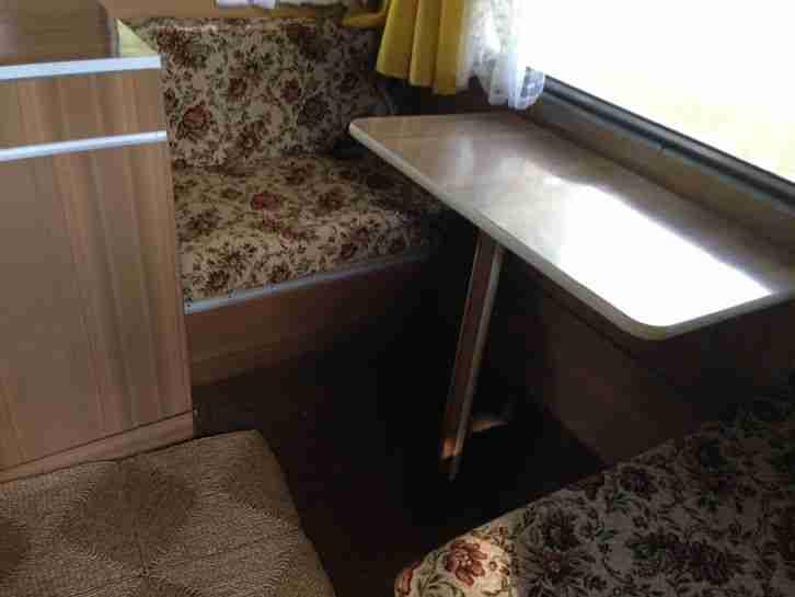 wohnwagen wohnwagen wohnmobile. Black Bedroom Furniture Sets. Home Design Ideas
