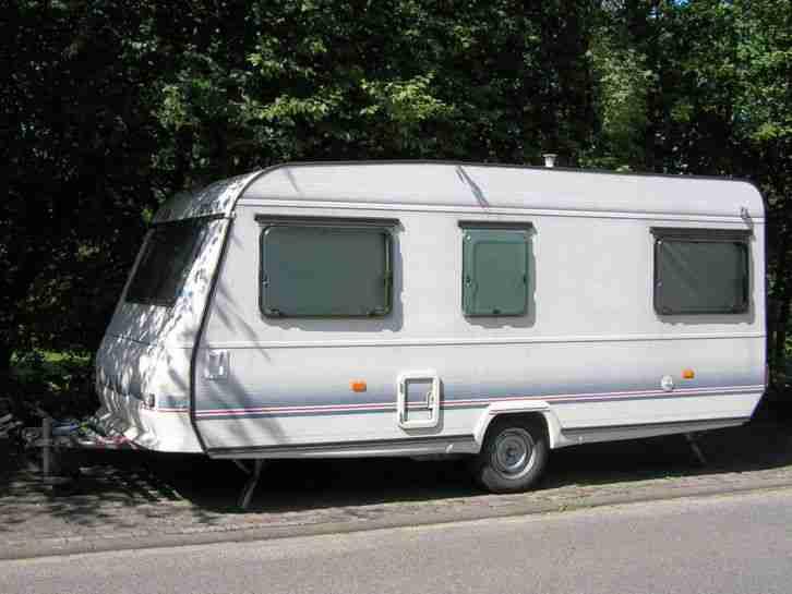 wohnwagen adria forma 470 tq f r bastler oder wohnwagen wohnmobile. Black Bedroom Furniture Sets. Home Design Ideas