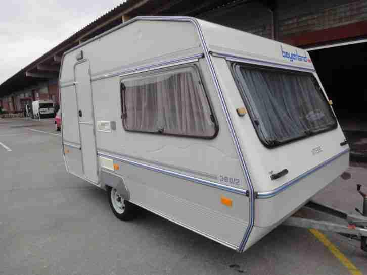 wohnwagen beyerland vitesse 380 2 mit vorzelt wohnwagen. Black Bedroom Furniture Sets. Home Design Ideas
