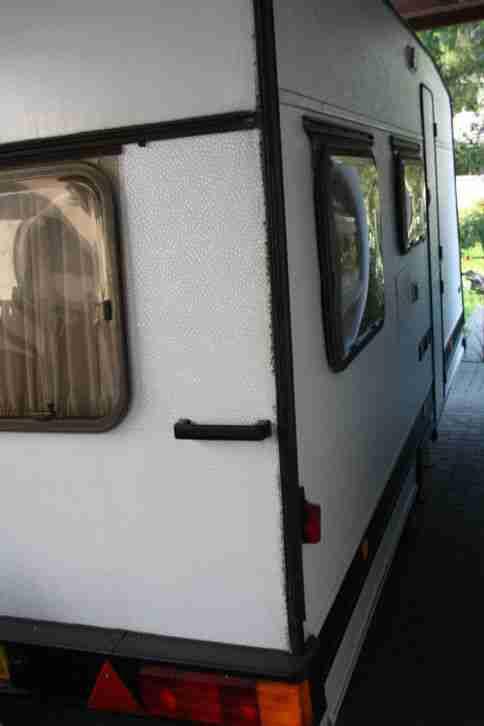wohnwagen b rstner city 4506 tk f r 5 personen wohnwagen. Black Bedroom Furniture Sets. Home Design Ideas