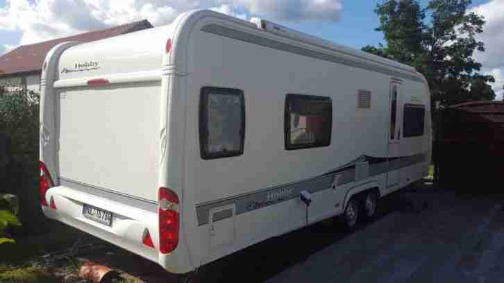 wohnwagen caravan hobby wfu 650 doppelachse wohnwagen. Black Bedroom Furniture Sets. Home Design Ideas