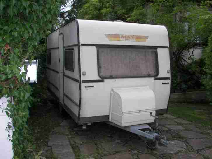 wohnwagen dethleffs pirat wohnwagen wohnmobile. Black Bedroom Furniture Sets. Home Design Ideas