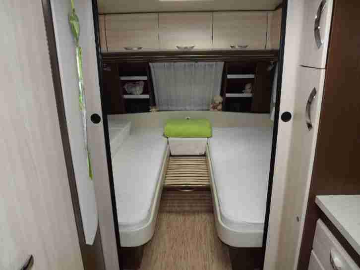 wohnwagen hobby 610 ul mover mod 2012 wohnwagen. Black Bedroom Furniture Sets. Home Design Ideas