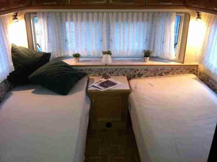 wohnwagen hobby landhaus uml 750 wohnwagen wohnmobile. Black Bedroom Furniture Sets. Home Design Ideas