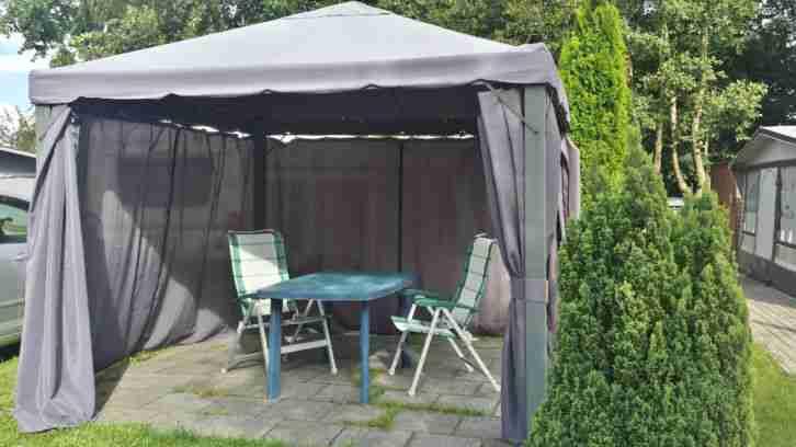 wohnwagen hobby prestige 560 ul bj 2010 wohnwagen. Black Bedroom Furniture Sets. Home Design Ideas