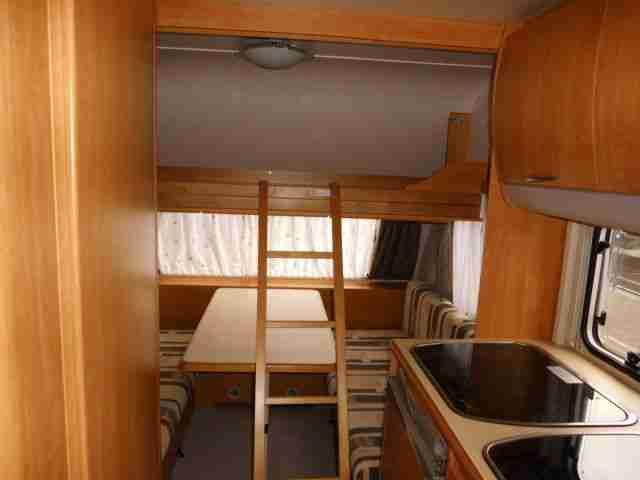 Wohnwagen Eifelland Mit Etagenbett : Wohnwagen knaus eifelland tk etagenbetten