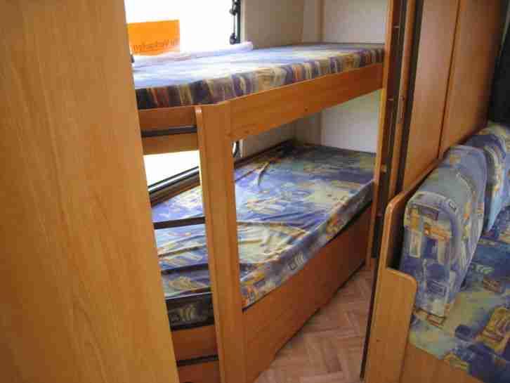 Etagenbetten Wohnwagen : Wohnwagen lmc mdk luxus mit etagenbetten wohnmobile