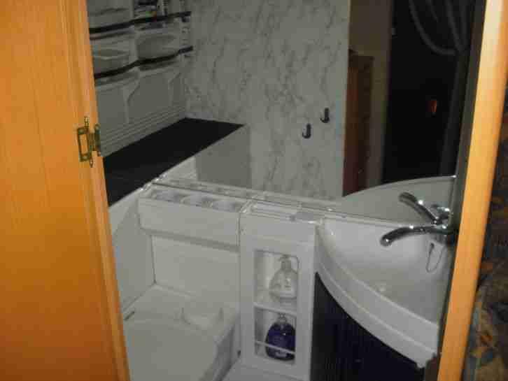 wohnwagen lmc lord 555 tdm mit mover wohnwagen wohnmobile. Black Bedroom Furniture Sets. Home Design Ideas
