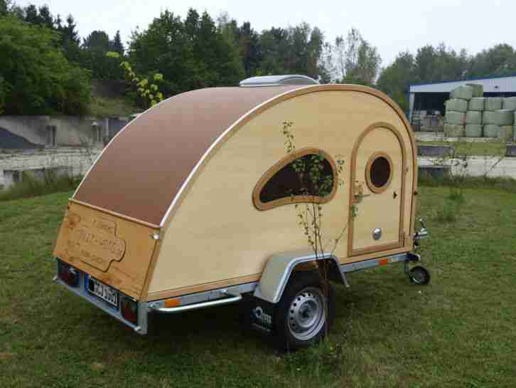 wohnwagen teardroptrailer oldtimer holz wohnwagen wohnmobile. Black Bedroom Furniture Sets. Home Design Ideas