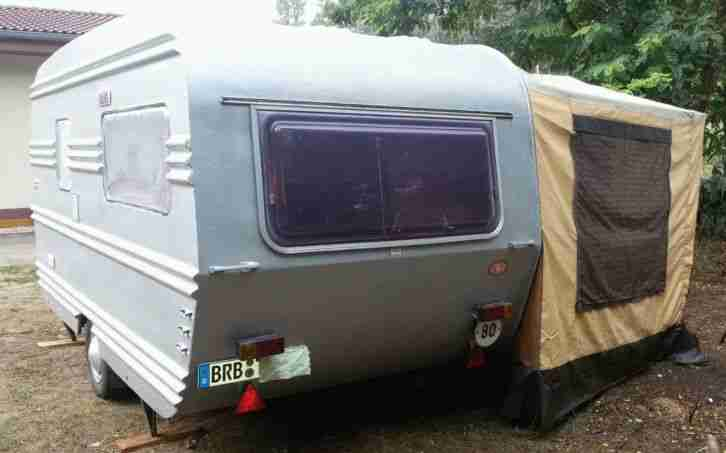 wohnwagen mit vorzelt t v neu wohnwagen wohnmobile. Black Bedroom Furniture Sets. Home Design Ideas