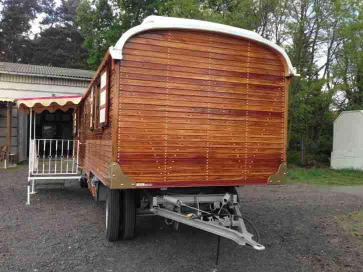 zirkuswagen oberlichtwagen schaustellerwagen wohnwagen wohnmobile. Black Bedroom Furniture Sets. Home Design Ideas