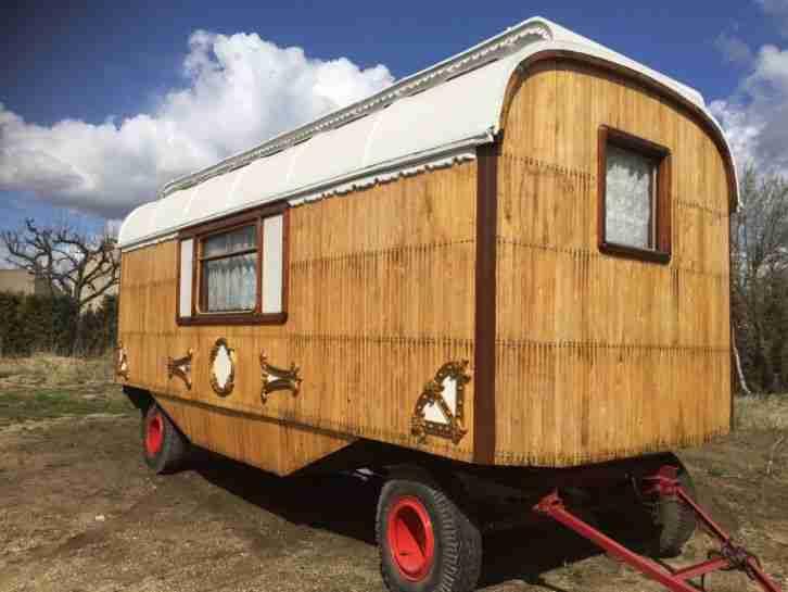 zirkuswagen oberlichtwagen wohnwagen bauwagen wohnwagen wohnmobile. Black Bedroom Furniture Sets. Home Design Ideas