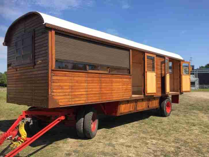 wohnwagen gebrauchtwagen alle wohnwagen oberlichtwagen g nstig kaufen. Black Bedroom Furniture Sets. Home Design Ideas