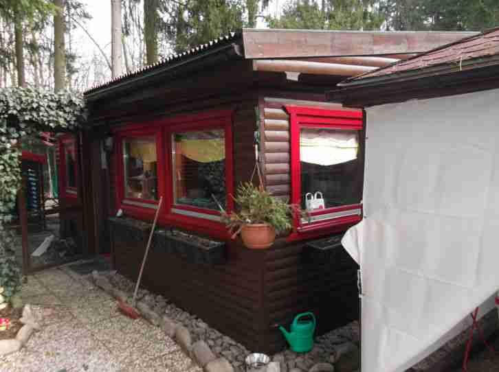 feststehender wohnwagen knaus mit holzhaus wohnwagen. Black Bedroom Furniture Sets. Home Design Ideas