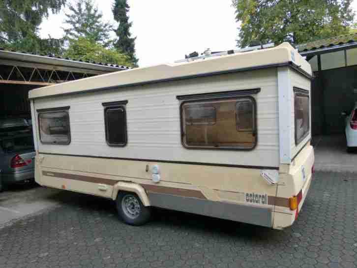gro er esterel klapp wohnwagen mit 100km wohnwagen. Black Bedroom Furniture Sets. Home Design Ideas
